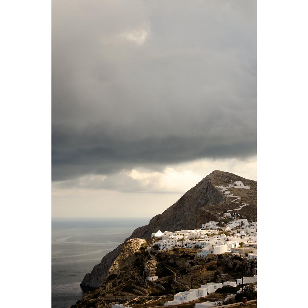 Folegandros-Cyklady-greckie-wakacje-widok-na-Chore-chwila-przed-burza-dekoracja-wnetrz7